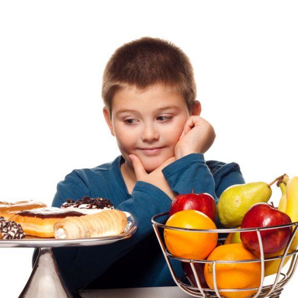 Que faire pour éviter le surpoids et les maladies associées ? Et par quoi remplacer le sucre dans notre alimentation ?