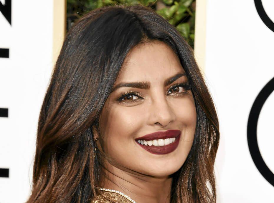 Priyanka Chopra visage